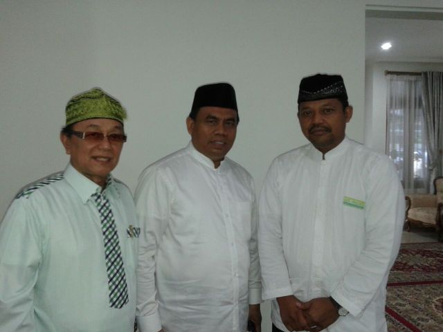 Silaturahmi oleh Ketua RW15, Ketua MUI Jakarta Timur (merangkap sebagai Tokoh masyarakat RW015) dan Sekretaris Daerah DKI Jakarta